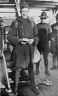 Pete Alexander in a military uniform