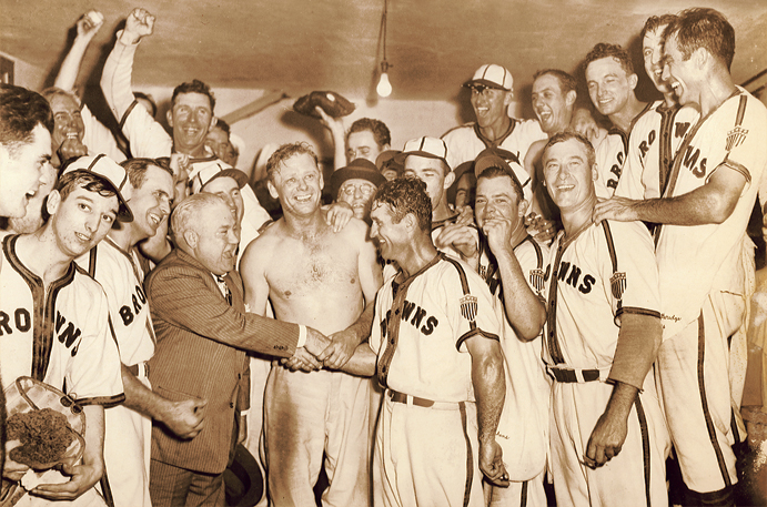 St. Louis Browns celebrate their lone AL pennant