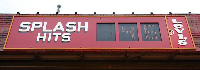 Splash Hits Sign at Oracle Park