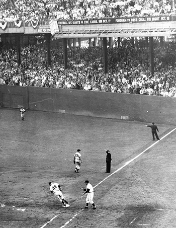 Dusty Rhodes 1954 World Series home run at the Polo Grounds