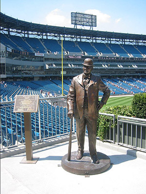 Charles Comiskey Statue at Guaranteed Rate Field